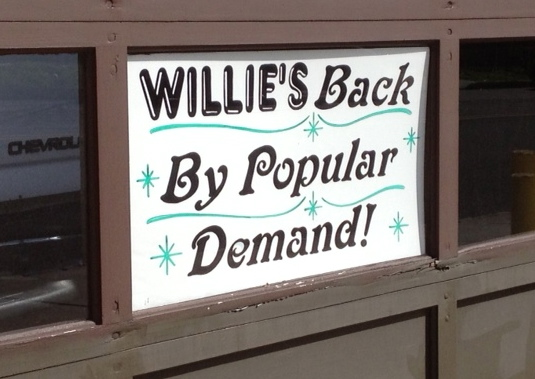 Willie's Back!