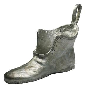 Monopoly Shoe